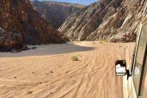 Mit Nik Linder vom tiefen Blau in die Weite der Wüste